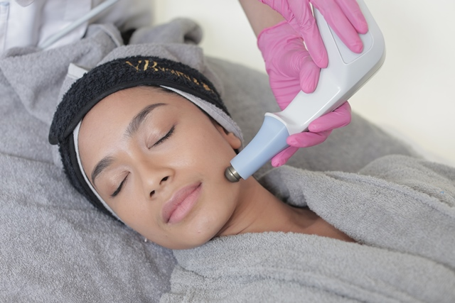 Exilis Ultra 360 for Skin and Body Tightening